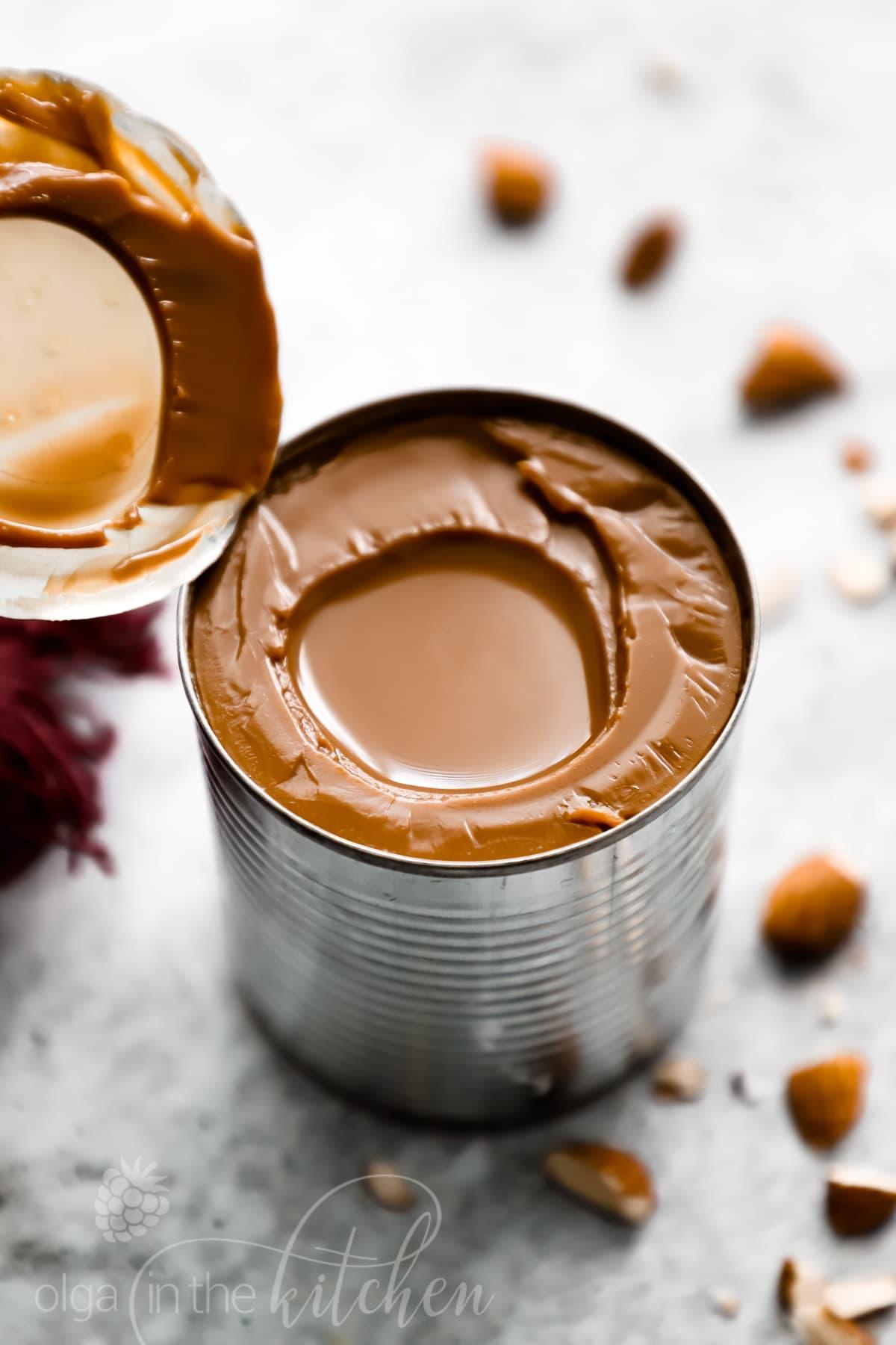 Een makkelijk Dulce de Leche (Gekookte Gecondenseerde Melk) recept met maar 1 ingrediënt! yoastmark class='yoast-text-mark' srcset='yoast-text-mark' srcset=