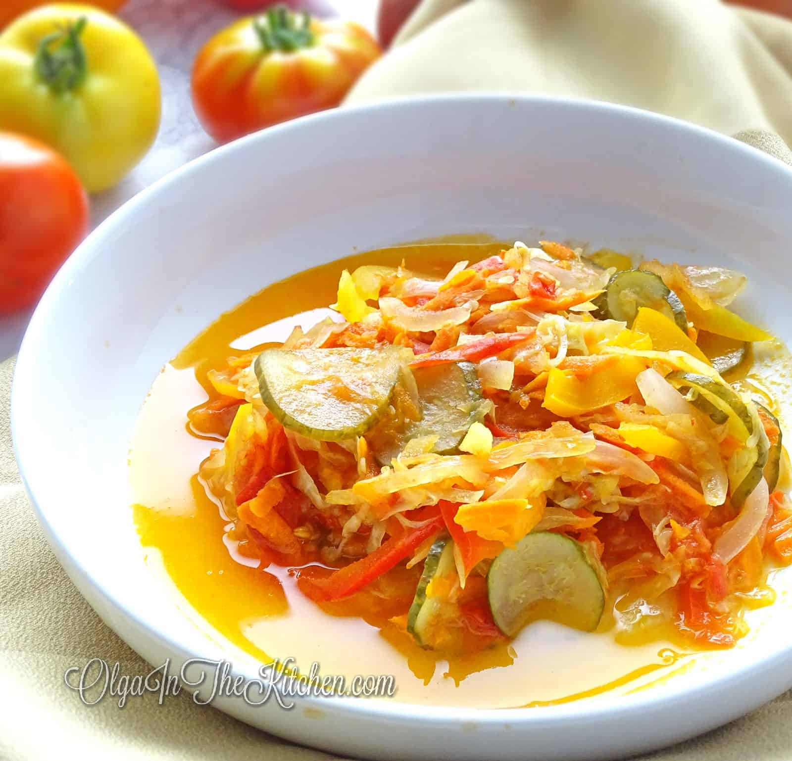 "Pickled Salad: ""Autumn"" (осінній салат): combo of fresh vegetables & fruits, marinated with sweet, salty and sour dressing. 
