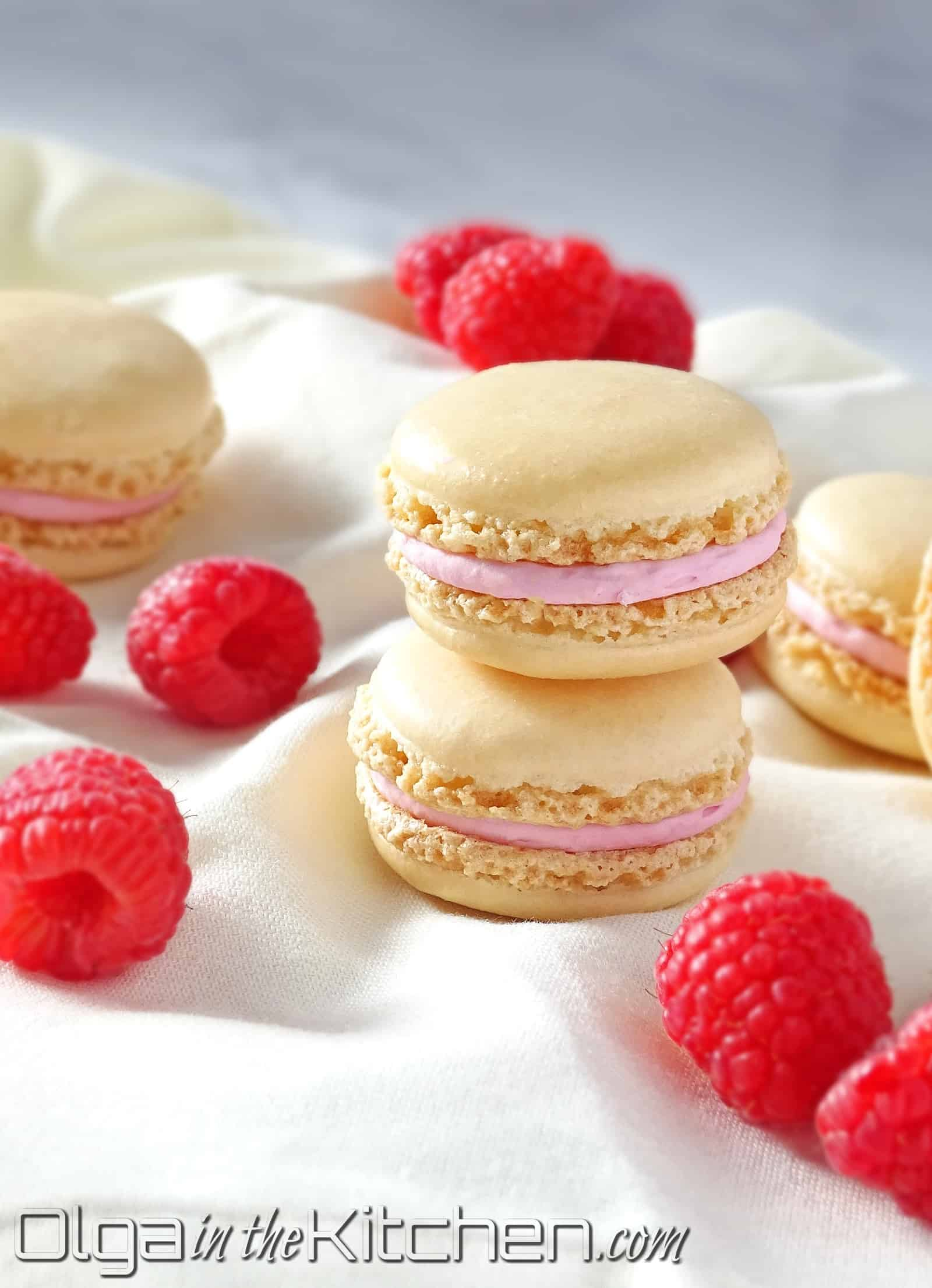 Macarons with Raspberry Filling: sweet and tangy, melt-in-your-mouth pastry. | olgainthekitchen.com