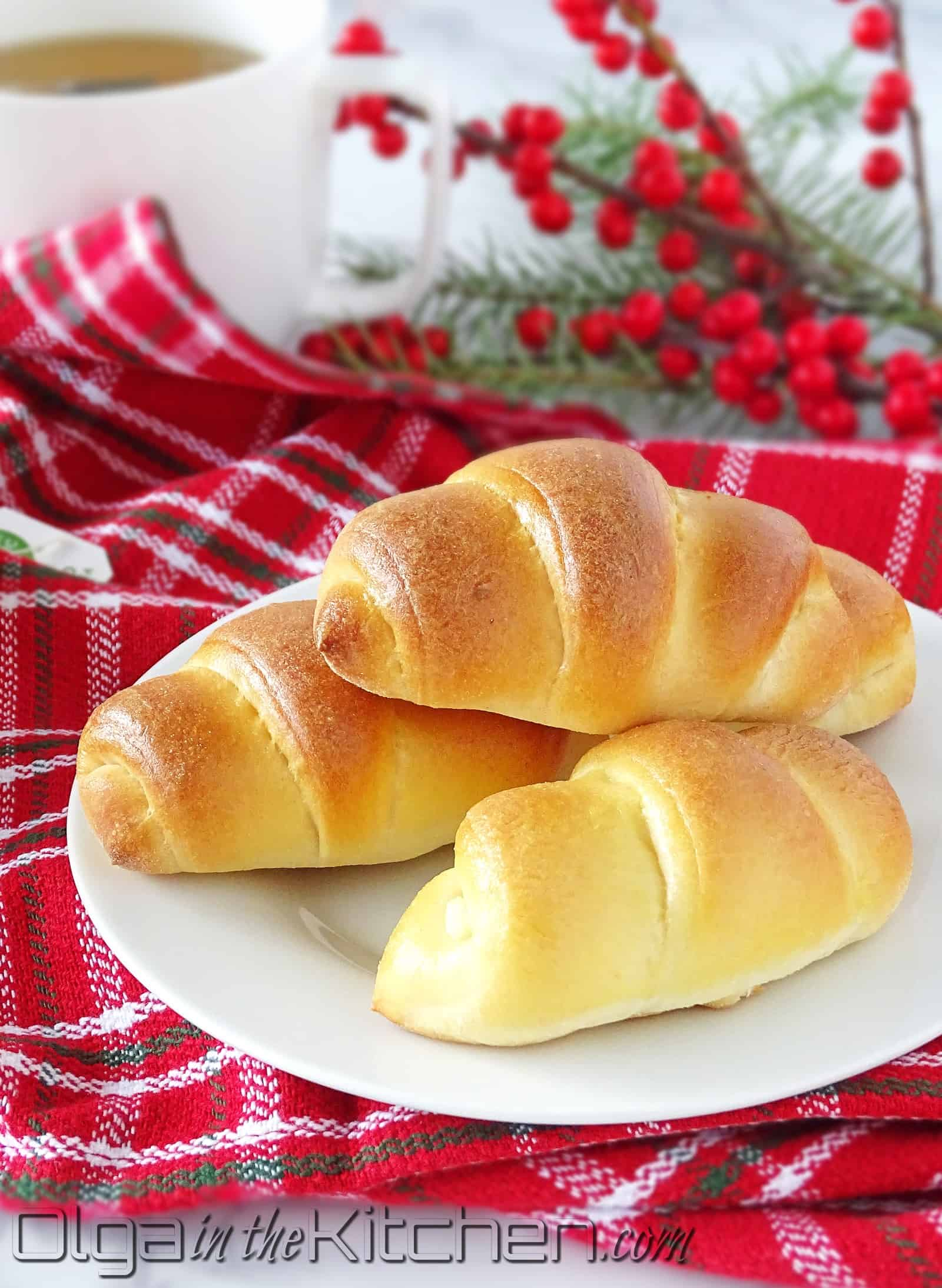 Farmer's Cheese Sweet Rolls: fluffy, light as a feather, melt-in-your-mouth dessert.   olgainthekitchen.com