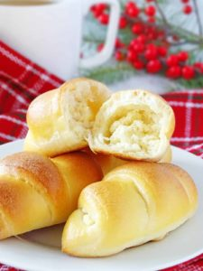 Farmer's Cheese Sweet Rolls: fluffy, light as a feather, melt-in-your-mouth dessert, filled with homemade farmer's cheese. | olgainthekitchen.com