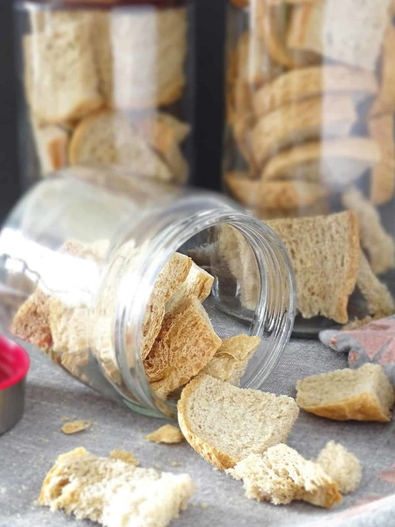 Oven Dried Bread: slow and easy method to dry homemade bread in the oven for later use in meatballs. | olgainthekitchen.com
