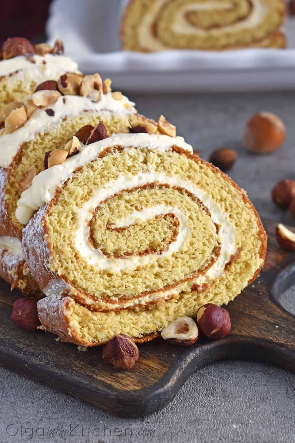 serving honey cake roll