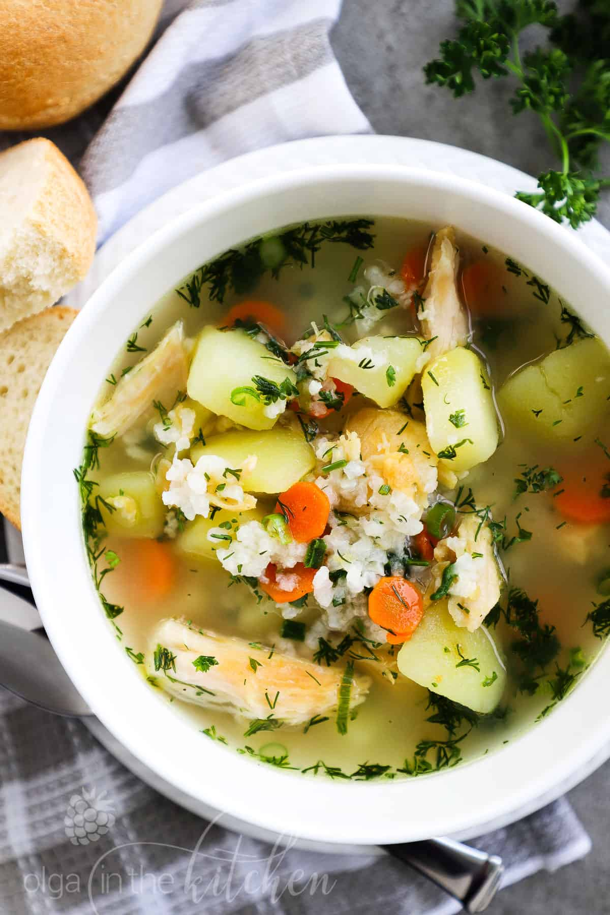 Easy Chicken and Rice Soup has simple ingredients, but it's so comforting and hearty. It is quick and easy, loaded with fresh vegetables and rice, making it a great weeknight meal. #chickensoup #chickenricesoup #soup #olgainthekitchen #easyrecipe #dinner #potatosoup #chickenbreast #chicken